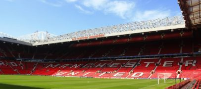 manchester united signs new betting and gaming partner